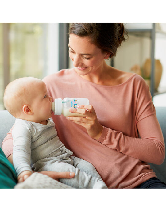 Biberon anti-colique 260 ml  BIB ANTI COL260 / 18PRR1012BIB999
