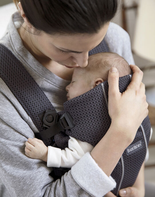 Porte-bébé Mini BabyBjörn en mesh 3D anthracite PBB MINI ANTHRA / 18PBDP010PBB703