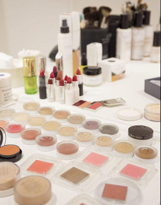 Coaching beauté privé 3h (skin care naturel et make-up) Make My Beauty Coach Beauté privé / WEBNSMMBCOB03999